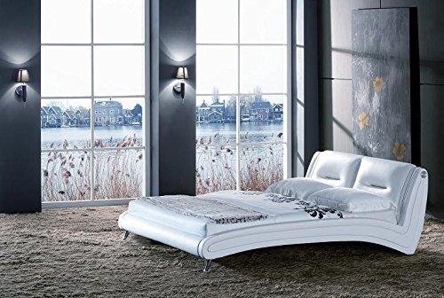 Polsterbett 200 x 200 cm Swing in weiß modernes Designbett mit SAM®-Lederimitat bezogen und Chromfüßen