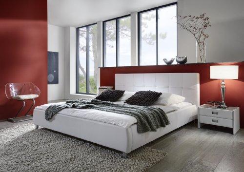 SAM® Zarah Polsterbett 140 x 200 cm in weiß, Bett mit gepolstertem Kopfteil im abgestepptem Design und pflegeleichter Oberfläche, stilvolle Chromfüße, Bettgestell auch als Wasserbett verwendbar