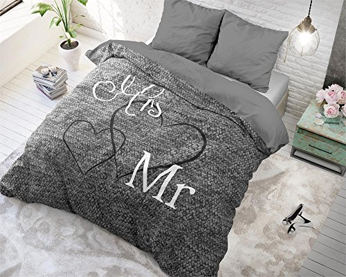 bettw sche sleeptime baumwolle mr and mrs 3 200cm x 200cm mit 2 kissenbez ge 80cm x 80cm grau. Black Bedroom Furniture Sets. Home Design Ideas