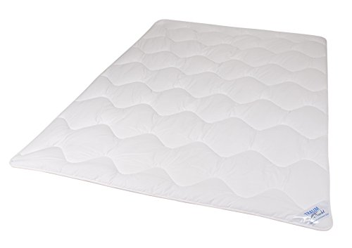 Traumnacht 3-Star Mono Bettdecke, aus softer Mikrofaser, 220 x 240 cm, weiß